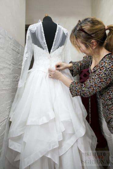 Corso per abiti da sposa e da cerimonia